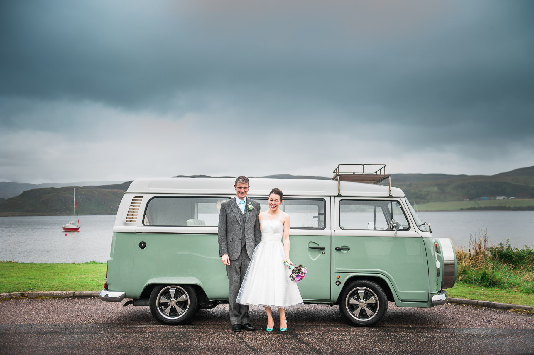 camper van wedding-tiffany wedding-chineses wedding-wedding by the sea