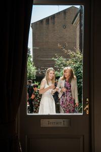 brown's_photography-Documentary_City_Wedding-Glasgow_Wedding_Photography-Wedding_Photography_Scotland-1