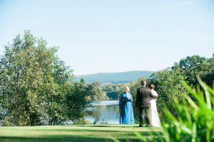 Fun elopement in Scottish Highlands