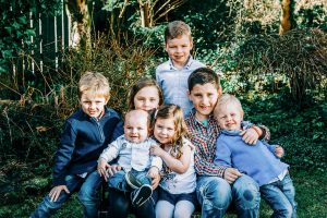 children family photograph, children and baby family photograph,