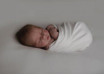 newborn baby glasgow, swaddled newborn baby, baby portrait glasgow