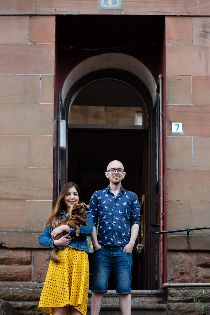 Family Portraits Glasgow, Glasgow Doorstep Portraits, Pet Portraits Glasgow